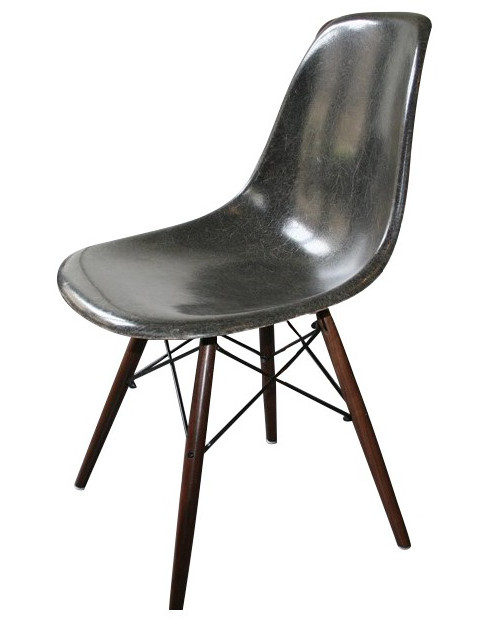 chaise-dsw-noire-charles-ray-eames-années-70-