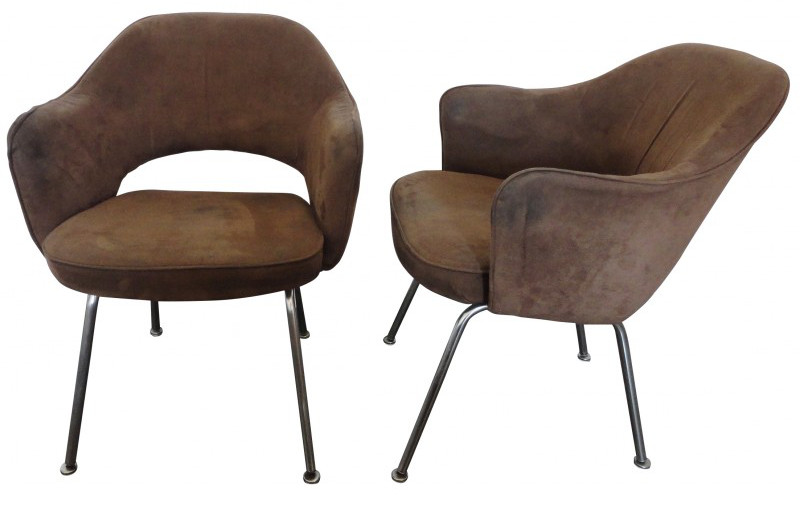 executive-armchairs-by-eero-saarinen-for-knoll-set-of-2