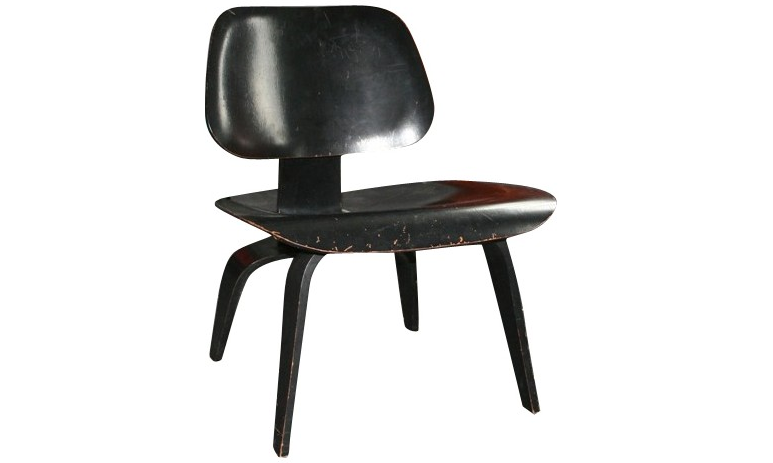 Chaise-EAMES-LCW