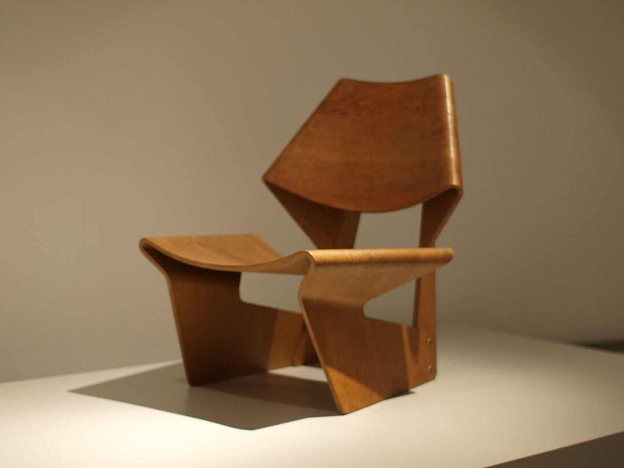 G J chair ◘ tomislav medak via wikipedia