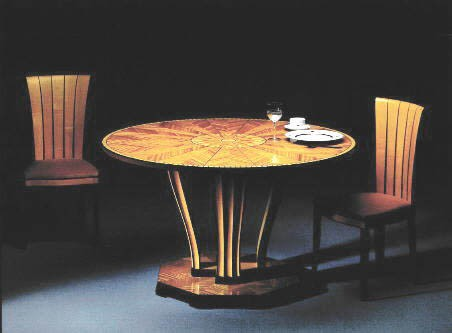 Saarinen-House-table