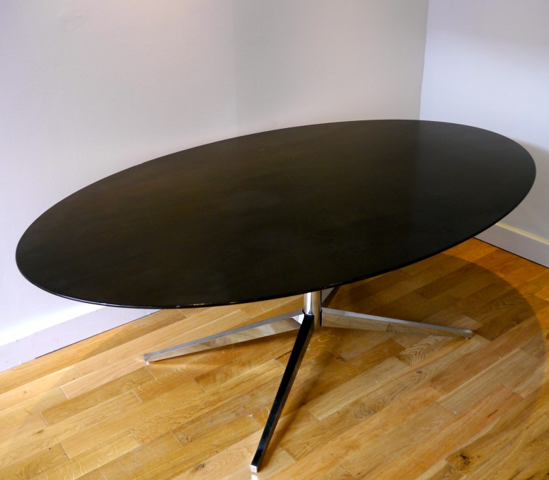 table-ovale-knoll